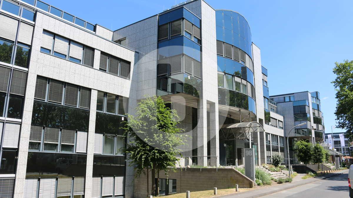 Moderne Büroflächen Im Gotic Haus | Sehr Gut Angebunden | Viele Stellplätze